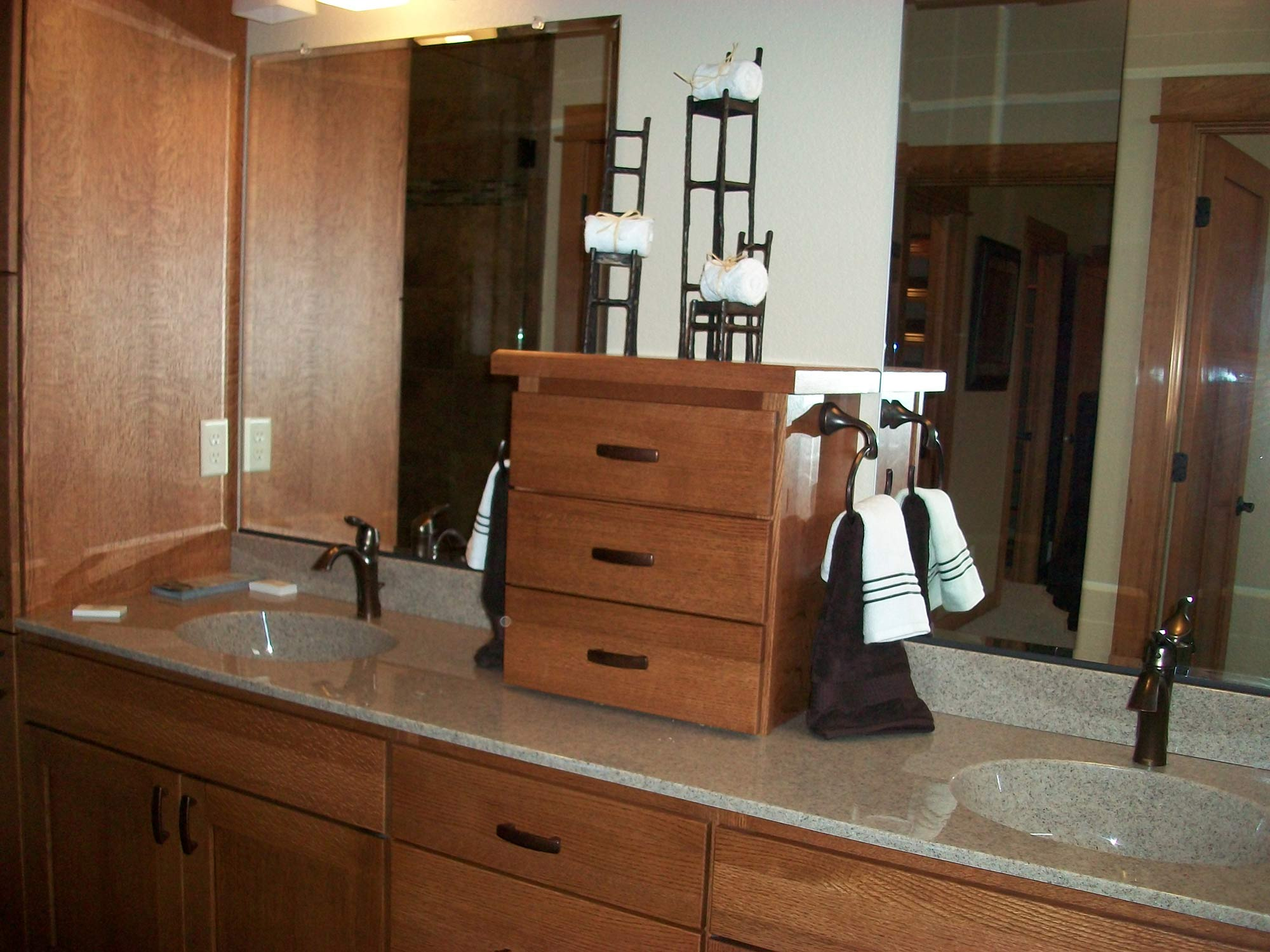 Heartwood Parade Home master bathroom staging