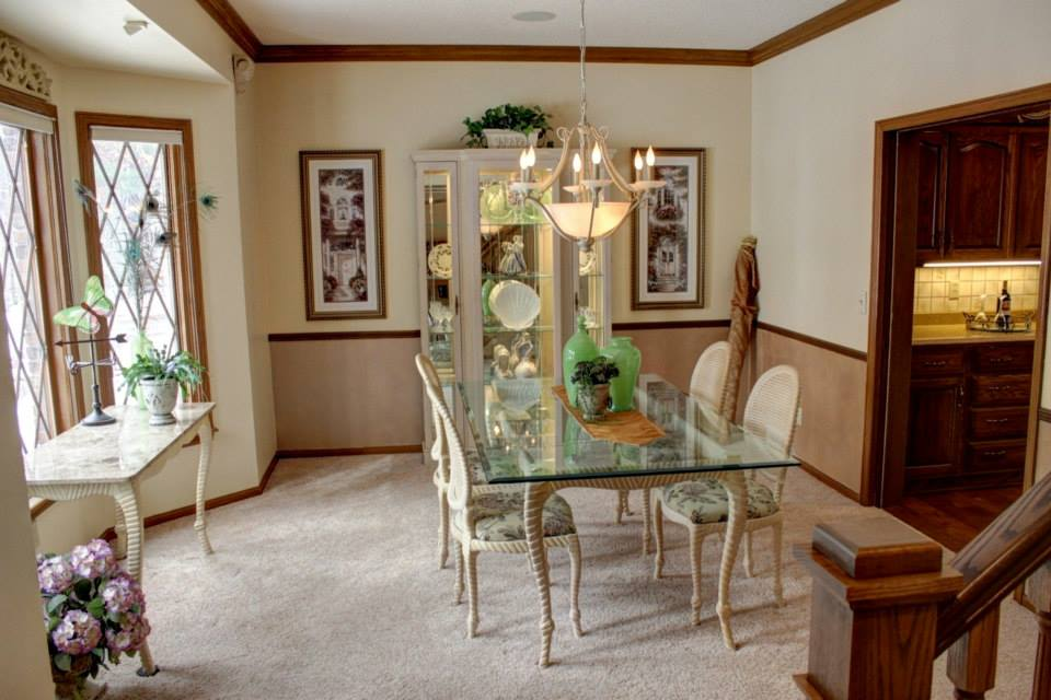 Eastwind dining room staging