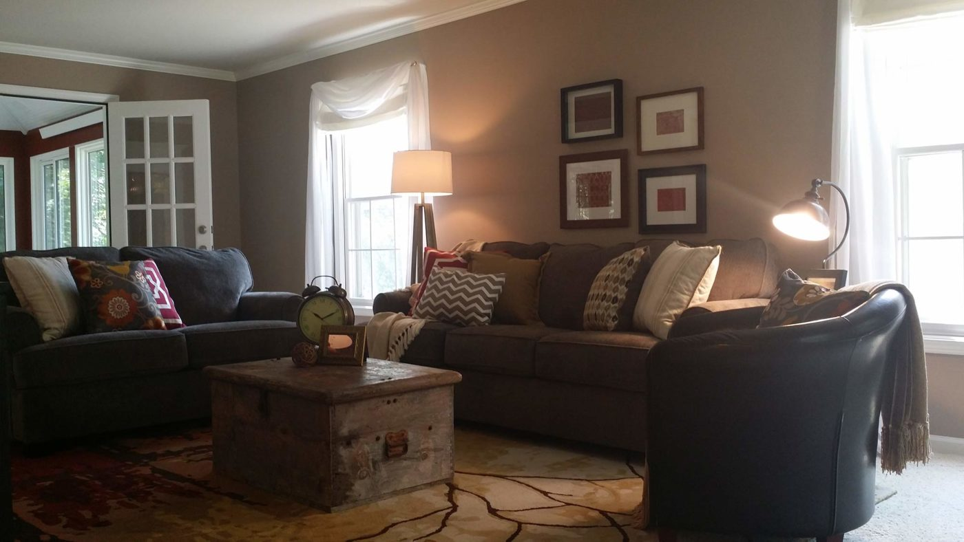 Woodridge Drive living room staging