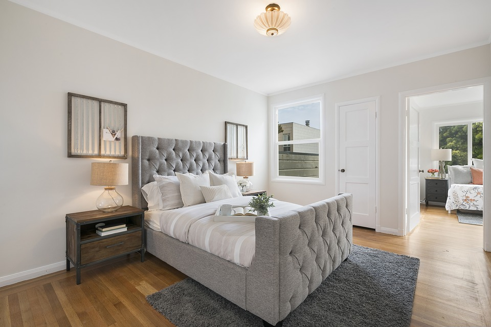 Bedroom with accessories