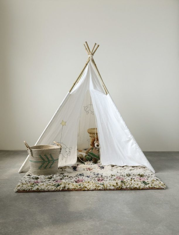 sheep teepee